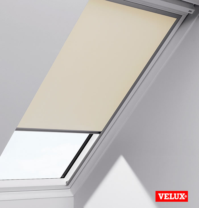 Velux skylight blinds roselawnlutheran for Velux skylight remote control manual